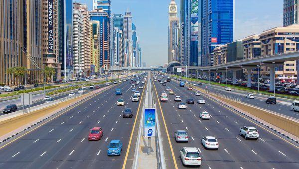 Se déplacer à Dubai en voiture