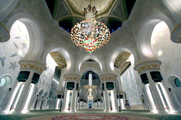 Intérieur de la mosquée Cheikh Zayed à Abu Dhabi